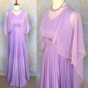 True Vintage🌟70s Lilac Dreamy Caped Evening Gown